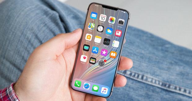 Apple випустить iPhone, що згинається: революційна технологія, яка сподобається всім