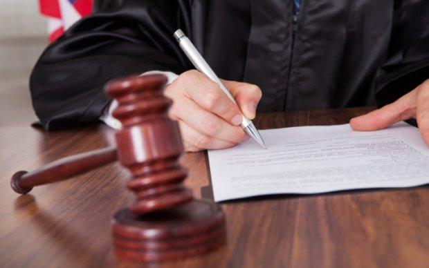 Суд виніс вирок мисливцеві на дружину Турчинова