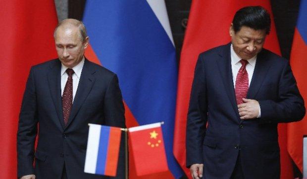 Китай зменшує товарообіг з Росією