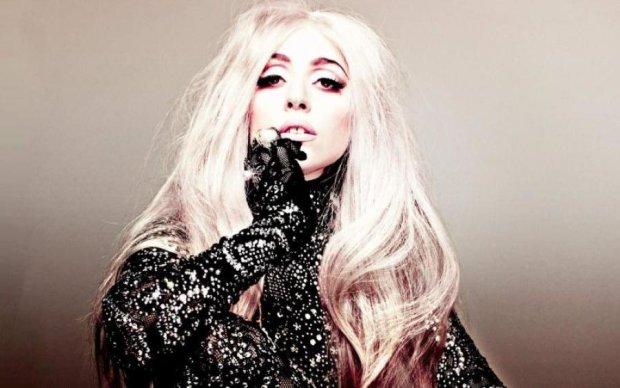 Гага заступилась за трансгендеров