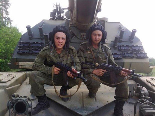 """Донецькі """"трактористи"""" виявились бурятськими танкістами (фото)"""