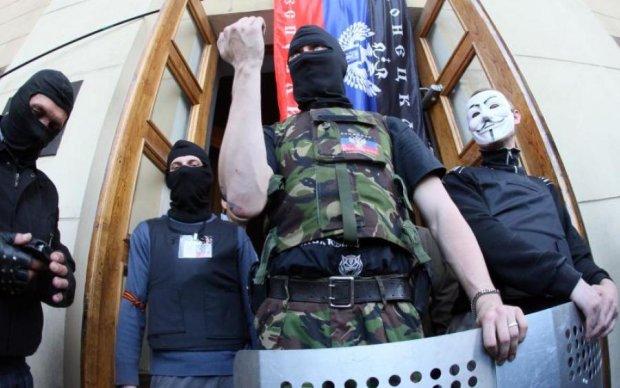 """Виродків з """"ДНР"""" спіймали на дикому фейку про звірства ЗСУ: докази тут"""