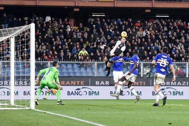 Криштиану Роналду забил невероятный гол, Twitter