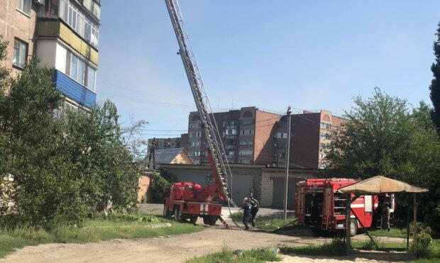 Сгорел заживо: в Киеве вспыхнула многоэтажка, несчастный не успел даже ойкнуть