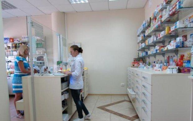 Меньше аптек и лекарства по рецепту: украинцам готовят европейский закон