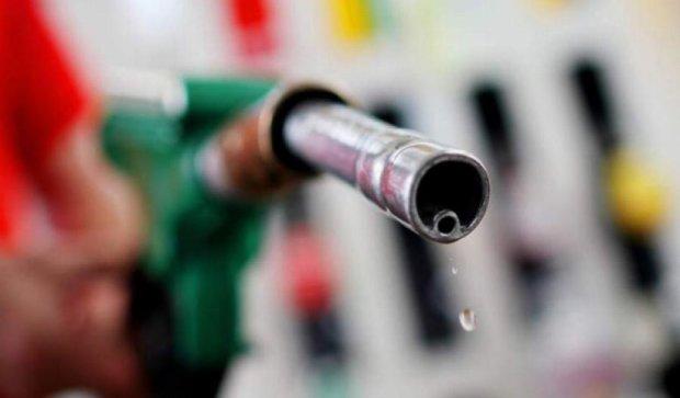 России предсказали дефицит бензина в 2017 году