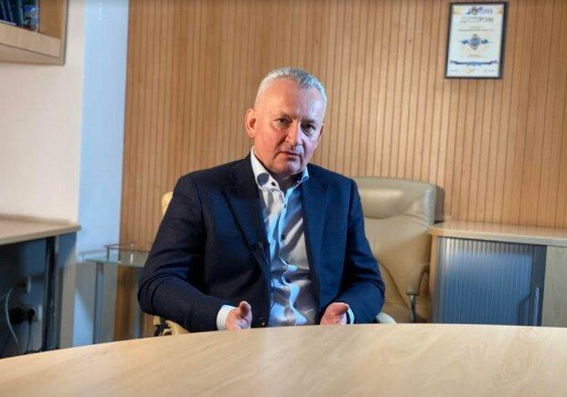 Вадим Пушкарев: Украинскую экономику может спасти дефолт и отмена приватизации