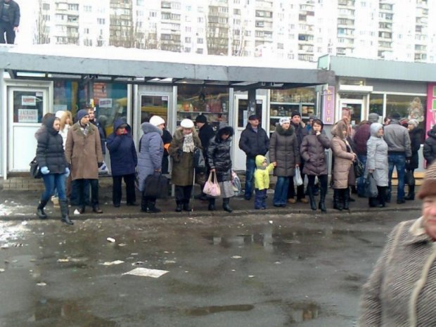 На київські зупинки чекає перевтілення