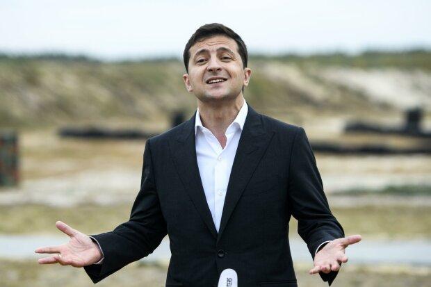 У Зеленского планируют отменить налоги украинцам: все зависит от вашего возраста