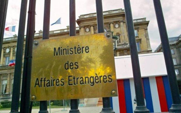"""У Франції політик """"самопроголосився"""" після поїздки до Москви"""
