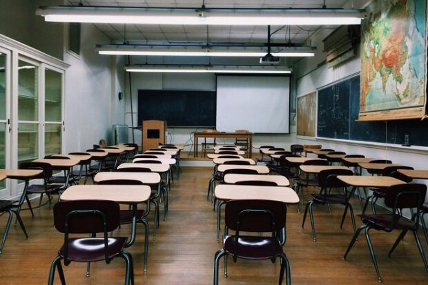 Як діти в школу? В Міносвіти озвучили три сценарії початку навчального року