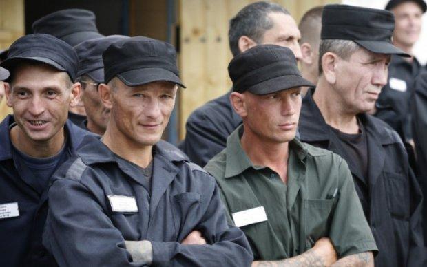 Нежелающих возвращаться в ОРДЛО заключенных покажут международным наблюдателям