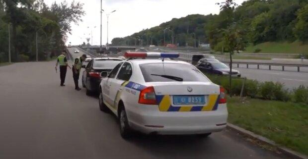 У Києві зник світловолосий школяр у синій футболці - особливі прикмети та фото