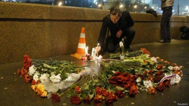 «Немцова вбили через ревнощі» - повідомляють російські телеканали