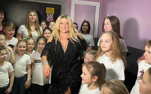 Наталья Могилевская с фанатами, фото с Instagram