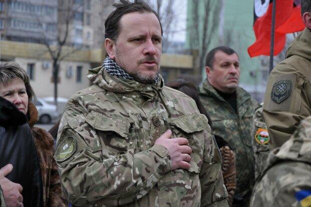 Гражданство для всех: Кабмин сделал защитникам Украины новогодний подарок