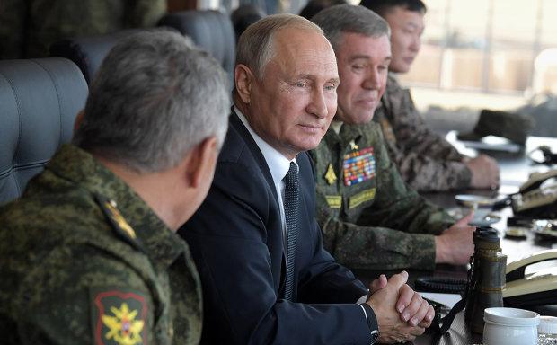 """""""Росія перетворила Керченську протоку на темний ліс"""": легендарний генерал в деталях викрив підступний план Путіна"""
