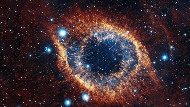 Космический фонтан: астрономы обнаружили невероятное чудо