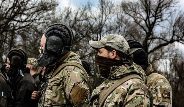 Воины ВСУ не могут поспать из-за обстрелов на Донбассе: путинские оккупанты провоцируют без пауз