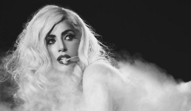 Леді Гага закрутила роман з колегою
