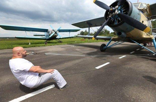 Знай наших: український силач потрапив до Книги рекордів Гіннеса