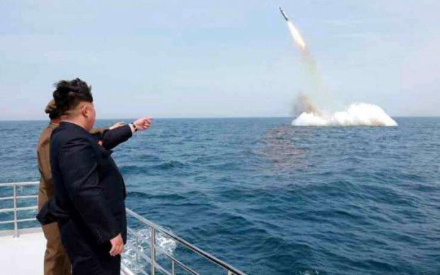 Ракетный провал КНДР сравнили с неудачами Кремля