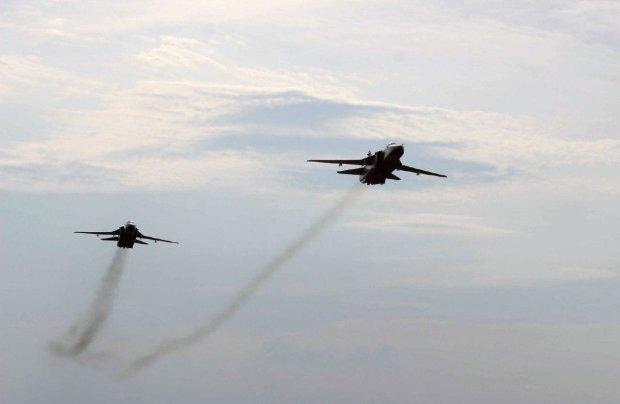 Украинские войска открыли огонь в Азовском море: объявлен сигнал тревоги