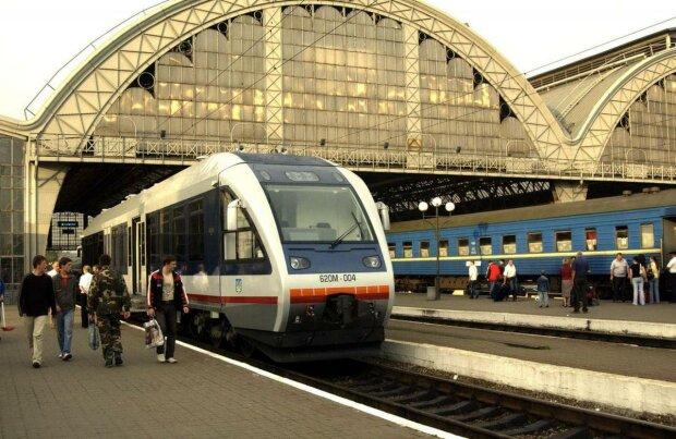 Во Львове запустят электричку вместо метро - соединит весь город