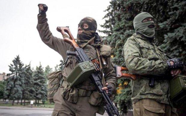 Путинские боевики устроили публичную смертную казнь