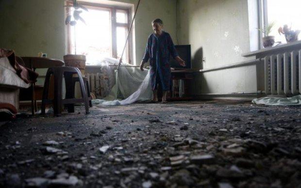 Обстрел Красногоровки: появились новые кадры жутких последствий