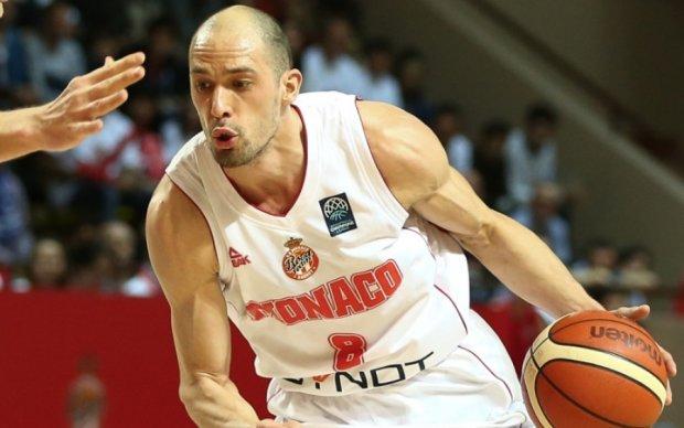 Украинский баскетболист невероятным броском помог Монако выйти в Финал четырех