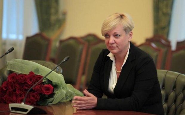 У Порошенко сказали, когда займутся Гонтаревой