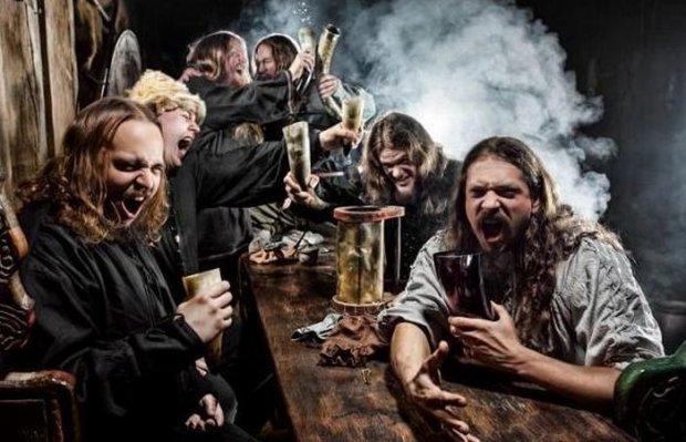 Ели мясо, пивом запивали: обычный обед викингов, которому завидовала вся Европа