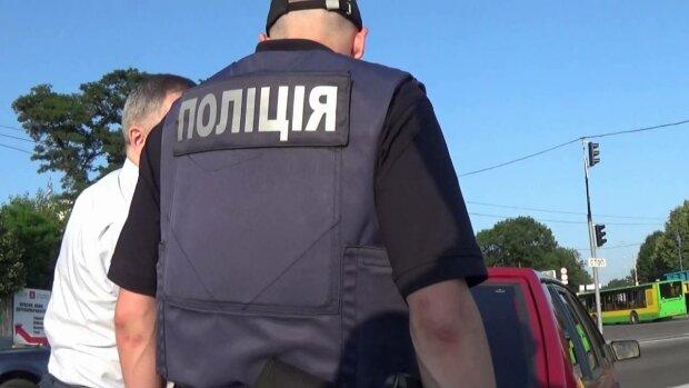 Допомогла випадковість: в Одесі копи натрапили на плантацію марихуани, орудував віртуоз