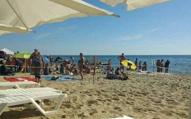 Пляж в Черноморском, фото: od.vgorode.ua