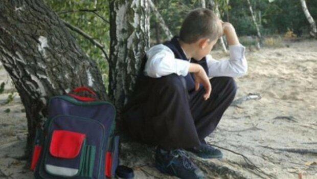 """В журнале - сплошные """"н"""": киевлян заставят платить за прогулы детей в школах"""