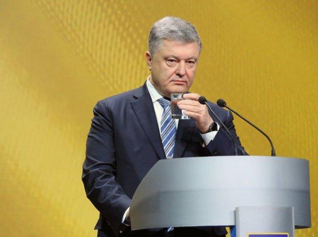 Порошенко срочно обратился к Зеленскому: видео
