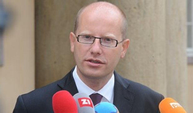 Чехия не будет оспаривать распределение беженцев по странам ЕС