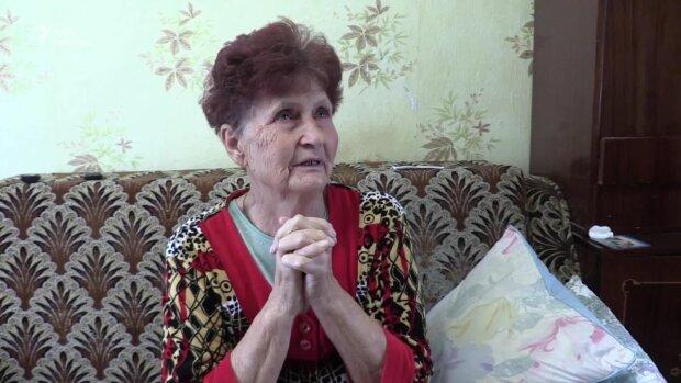 """Мама звільненого з катівень Путіна Сенцова примчала з Криму до сина: """"Спасибі, що живий"""""""