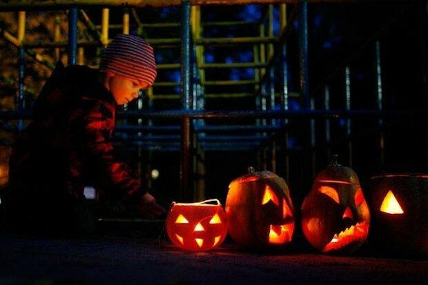 Погода на Хэллоуин: синоптик советует вооружиться шапками и теплыми котами