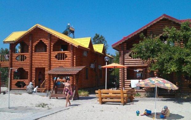 Київський коп скрутив грабіжника, відпочиваючи на курорті
