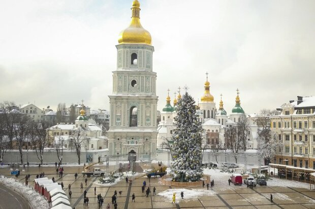 Вдома, з друзями або на самоті: як українці зустрінуть Новий рік 2020