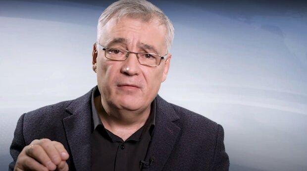 Скриншот к видео с канала Дмитрия Снегирева в YouTube