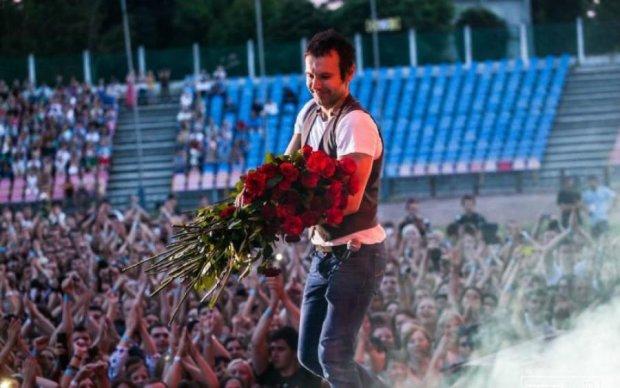 Позавидовали бы Beatles: стадион признался в любви Вакарчуку