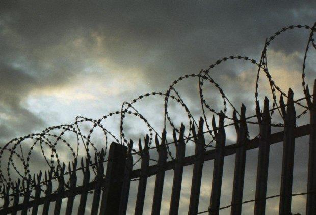 В Україні масово закривають в'язниці, небезпечні рецедивісти вже розгулюють на свободі