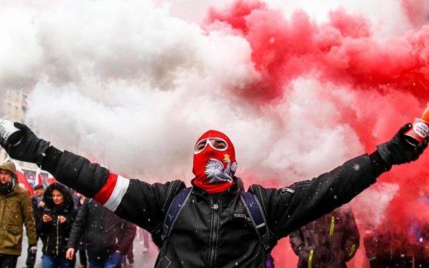 """Польща створить окрему """"контору"""" для знущань над українцями"""