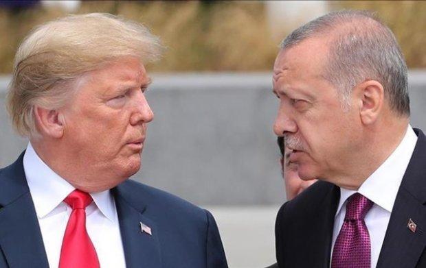 Виведення військ з Сирії: Трамп розлютив миролюбного Ердогана, не домовилися