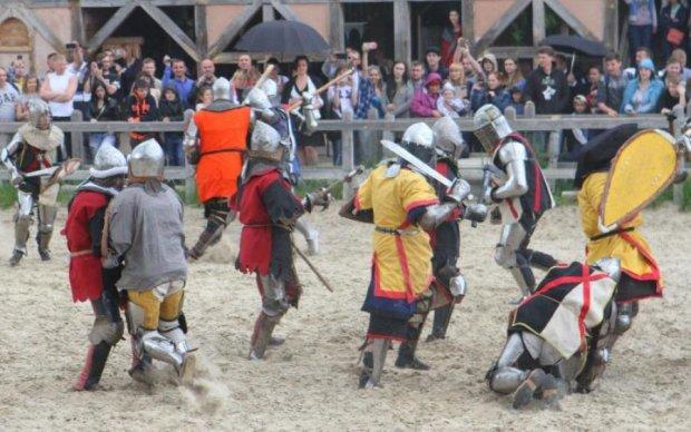 Сборная Украины по средневековому бою отправилась на Чемпионат мира в Данию