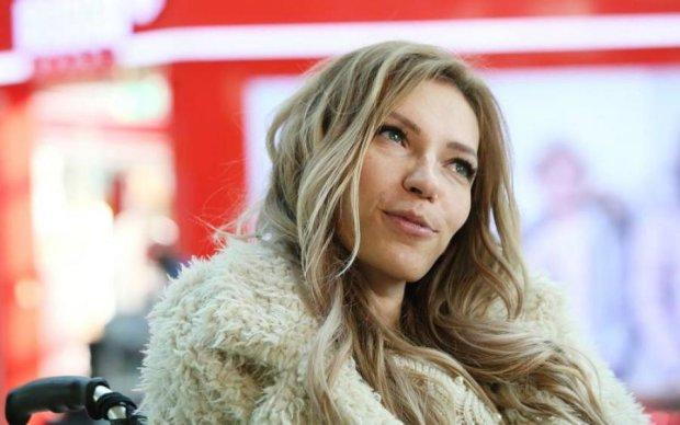 Самойлова представила песню, с которой поедет на Евровидение: видео