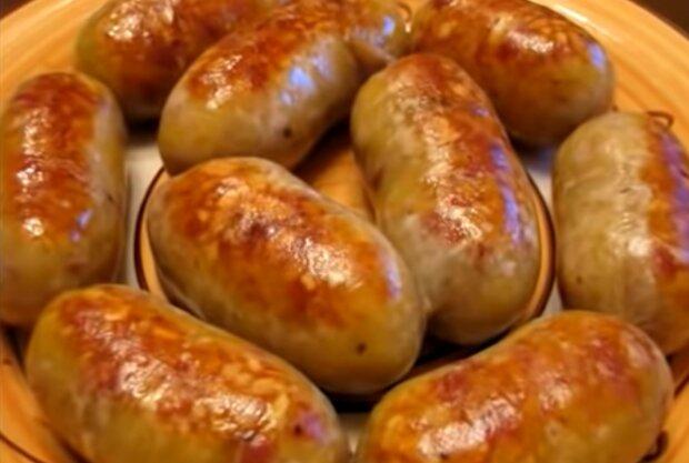 Домашняя колбаса с картошкой, кадр из видео
